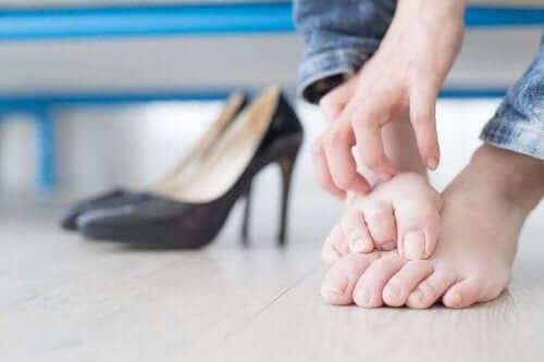 손발톱 내생 예방