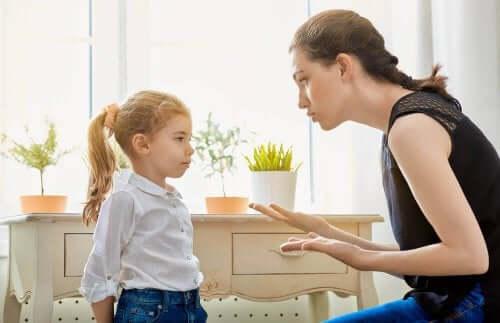 어린 시절의 경계선은 건강하거나 아니면 해로울 수 있다