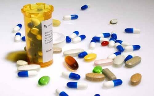 현재 개발 중인 COVID-19 치료제