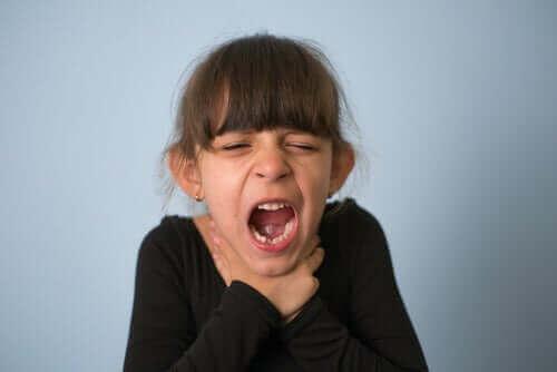 어린이 질식에 대한 조치 및 예방