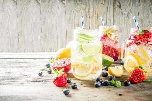 과일향이 첨가된 음료를 마실 때
