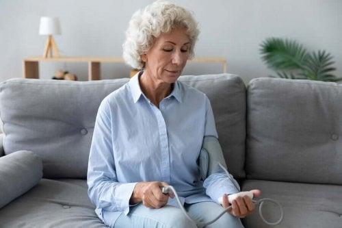 코로나 격리 중 심혈관 건강을 보호하는 방법