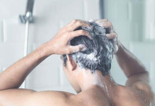 코로나19로 인한 자가 격리 중 샤워의 중요성