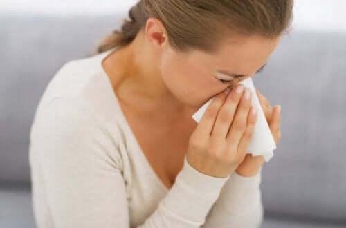 알레르기 반응이 생기는 이유 및 알레르기 증상