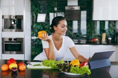 저녁을 거르면 다이어트에 도움이 될까?