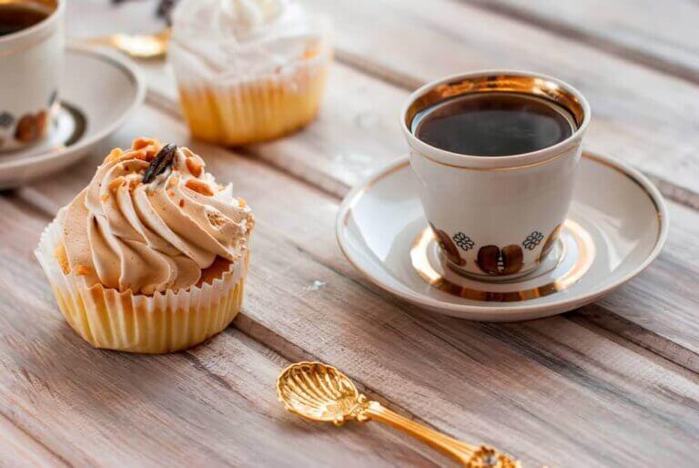 아침 식사로 좋은 저당 컵케이크 3가지