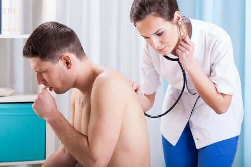 기침을 하는 이유와 예방법