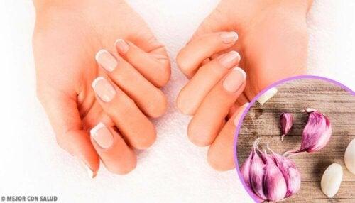 손톱 보습 및 보호를 위한 민간요법
