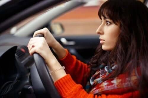 운전하는 데 영향을 미치는 약물