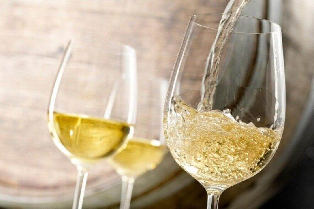 저렴한 와인과 비싼 와인 중 어느 쪽이 더 건강할까?