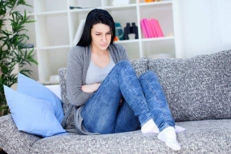 식도염을 치료하기 위한 5가지 자연 요법