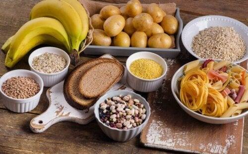 탄수화물이 풍부한 식품 8가지