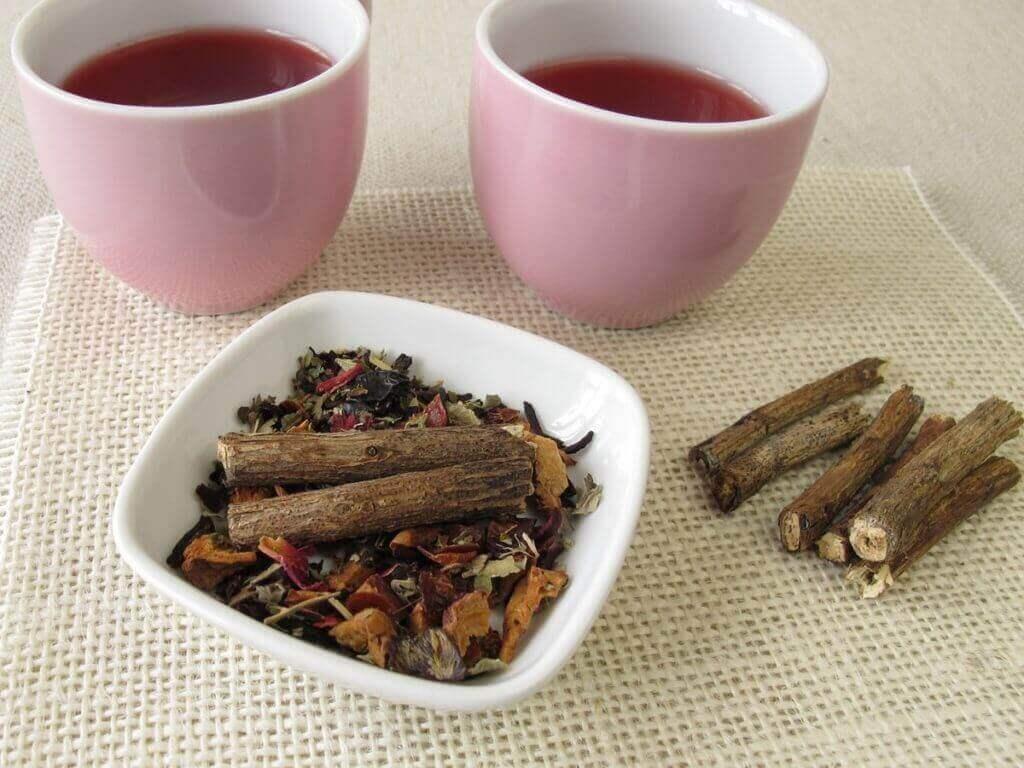 5. 감초 뿌리와 꿀 차