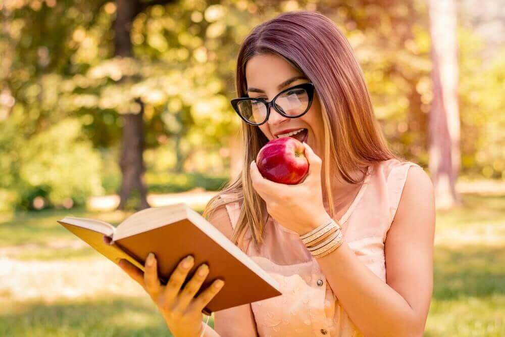 5. 책을 읽고 TV 프로그램을 시청하자