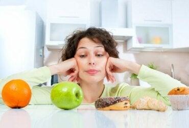 건강 개선 및 노화 방지를 위한 단식모방 식단