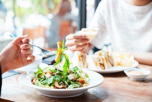 스트레스 없이 체중을 감량하는 유연한 식단