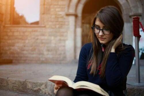 하루에 몇 분이라도 책을 읽으면 좋은 점 7가지