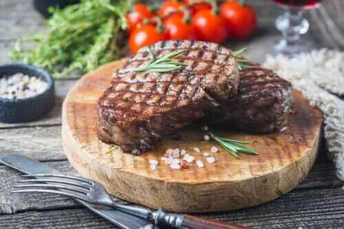 고기는 매주 얼마나 많이 먹어야 할까?