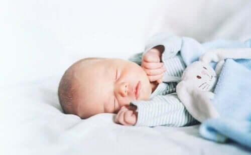 아기의 수면 무호흡증 증상 및 치료
