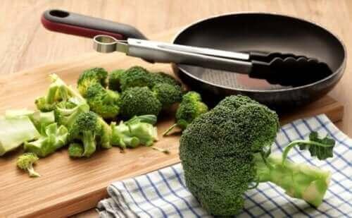 반드시 섭취해야 할 5가지 강력한 채소