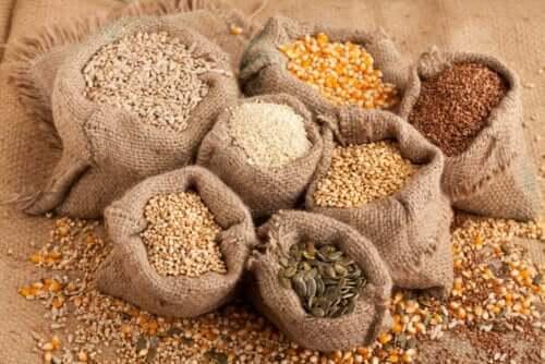 식단에 씨앗을 추가하기 위한 3가지 팁