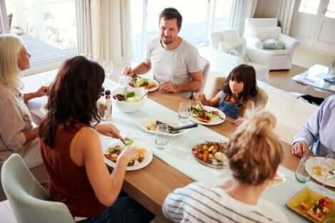 이른 저녁 식사는 체중 감량과 당뇨병 예방할 수 있다