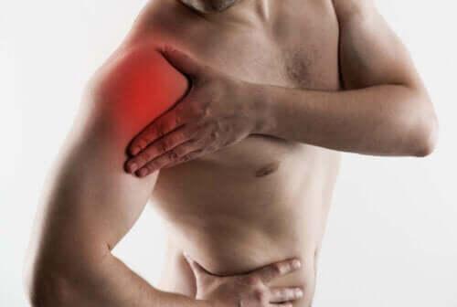 어깨 건염의 증상