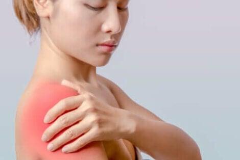 어깨 건염의 원인