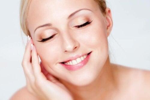 외모를 망치는 흔한 습관 8가지