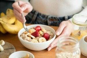 아침 식사로 귀리를 먹으면 건강에 좋을까