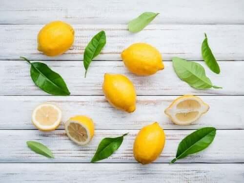 레몬의 특성과 천연 요법