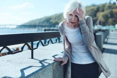 체위현기증의 예방 및 치료