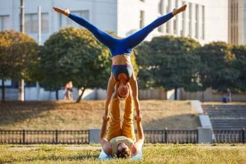 커플을 위한 6가지 야외 운동