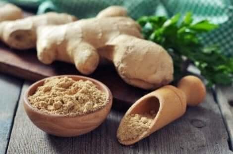 류머티즘 관절염의 통증을 관리하는 5가지 약용 식물