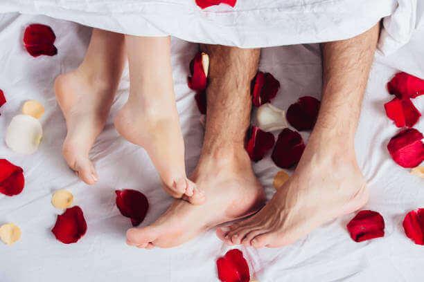 잊지 못할 결혼 첫날밤을 위한 5가지 팁