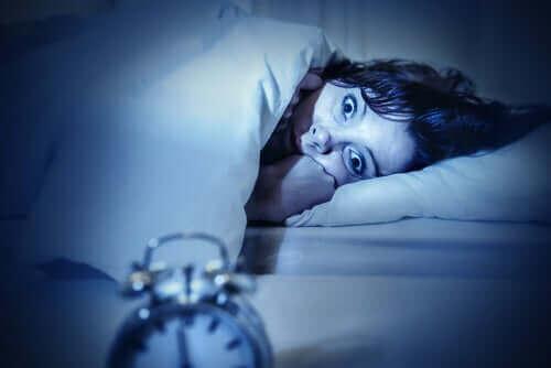 수면 마비에