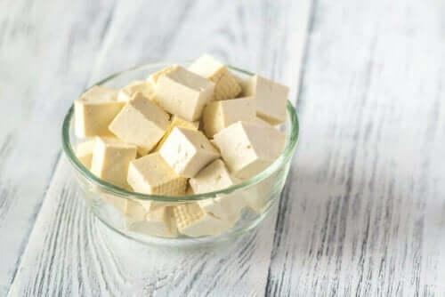 다양한 비건 치즈와 이점