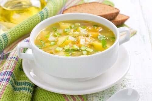 4가지 채소 수프
