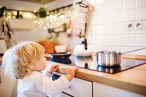 어린이 화상을 치료하는 방법