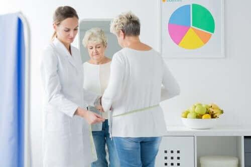 폐경 증상에 대한 식단의 역할