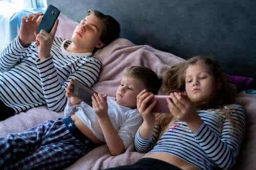 어린이의 과도한 전자기기 노출