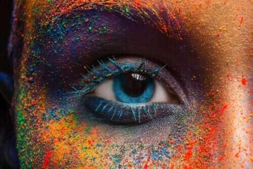 눈 색깔 변화에 대한 진실과 거짓