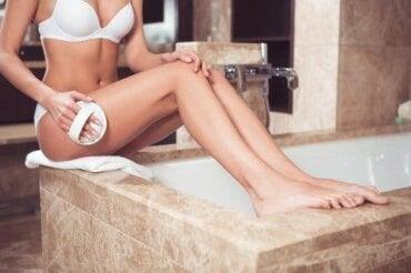 셀룰라이트를 방지하고 건강한 피부를 얻는 습관
