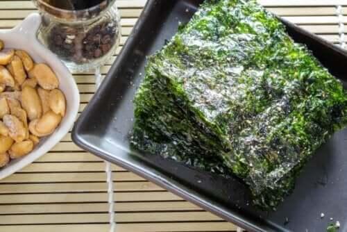 매우 인기 있는 음식, 포케 만드는 방법