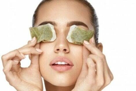 5. 눈 감염에 효과적인 티백