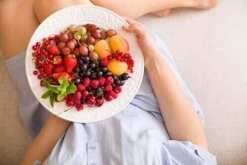 하체 지방을 과일