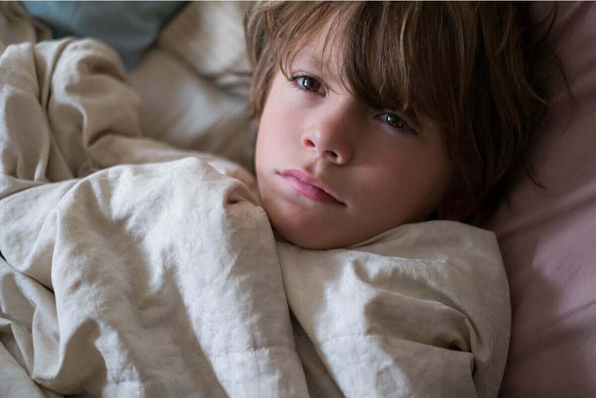아이들 눈 밑의 다크서클: 일반적인 원인