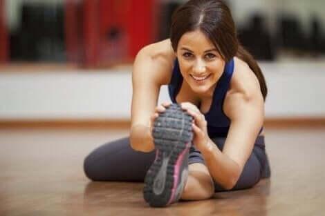 하지 정맥류를 완화하는 건강한 습관 5가지