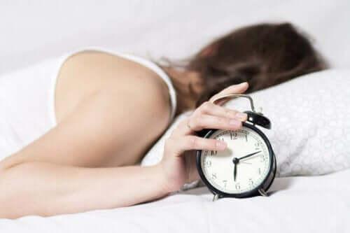 숙면을 위한 밤 시간 루틴 개선