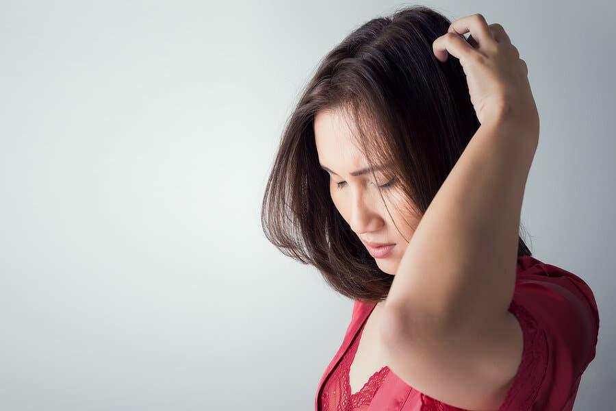 지루성 피부염을 위한 천연 치료법
